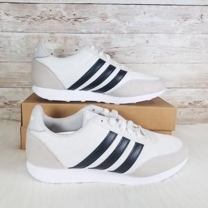 NWT Adidas V Racer 2.0 Women's Sneakers Cream